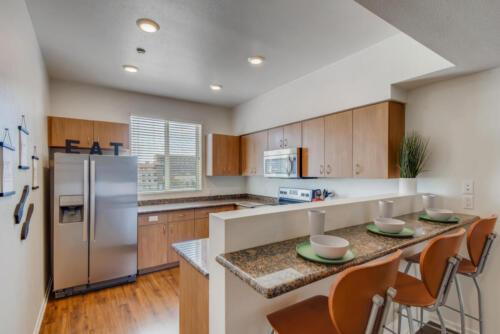 5716 Hardy Ave San Diego CA-large-004-011-Kitchen-1499x1000-72dpi
