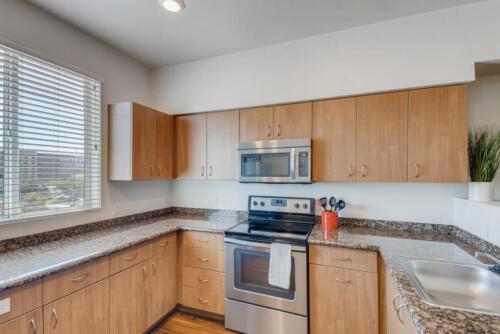 5716 Hardy Ave San Diego CA-large-006-014-Kitchen-1499x1000-72dpi