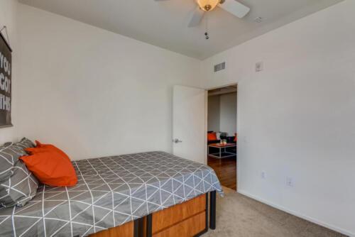 5716 Hardy Ave San Diego CA-large-013-022-Bedroom-1499x1000-72dpi