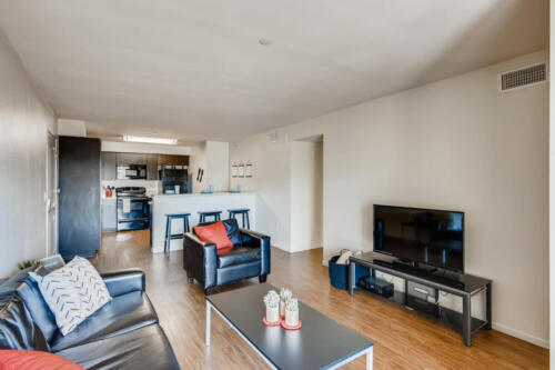 6237 Montezuma Rd San Diego CA-large-006-016-Living Room-1500x1000-72dpi